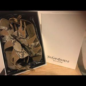💯%Authentic Yves Saint Laurent Crocodile Sandals